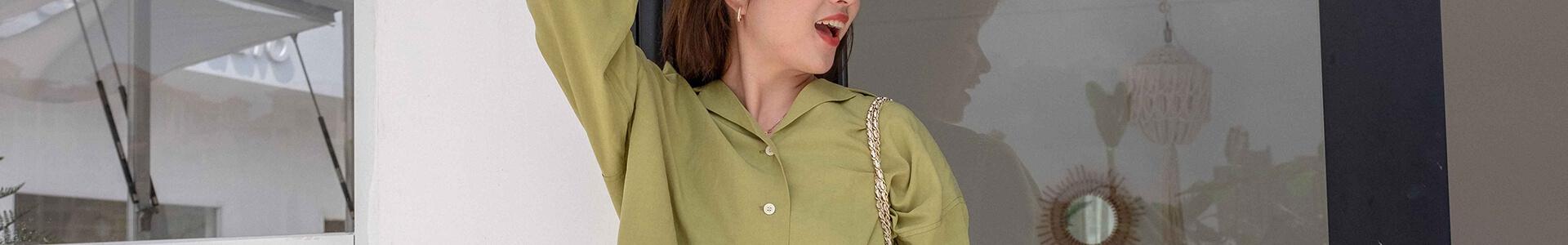 夏スタイルには欠かせないアイテム!カラーシャツを今風に着こなしたい!